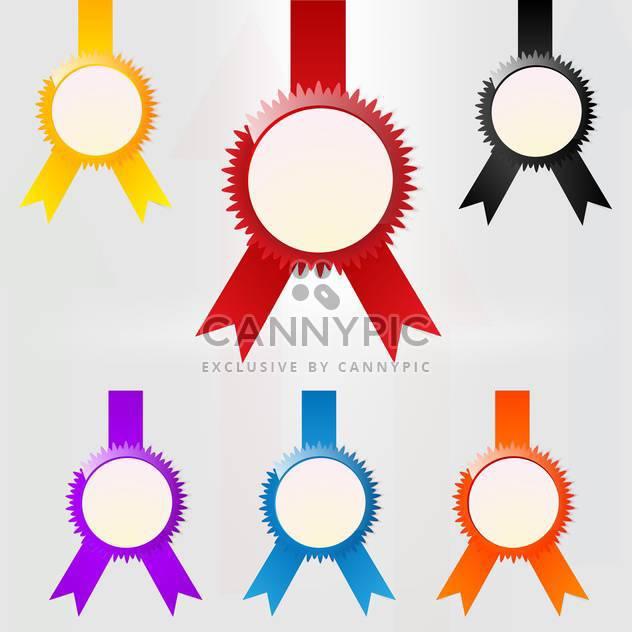 Vektor-Satz der bunten Medaille Embleme auf weißem Hintergrund - Kostenloses vector #126662